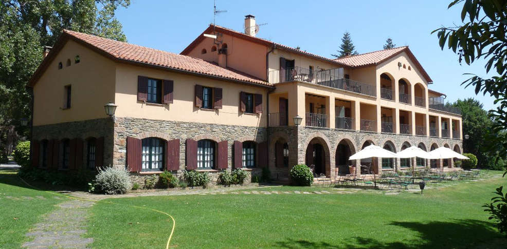 Hotel husa sant bernat 3 montseny espagne for Reservation hotel en espagne gratuit