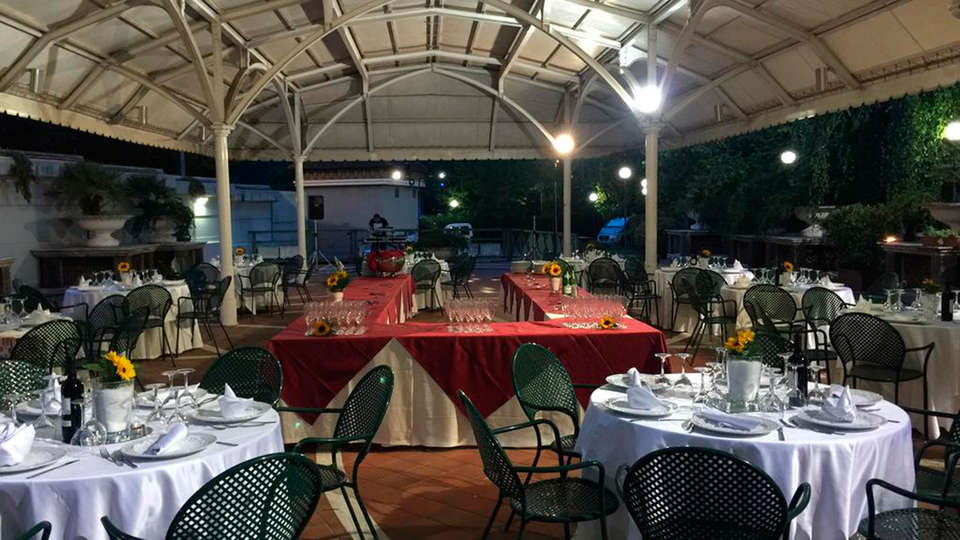 Hotel Civita - EDIT_restaurant.jpg