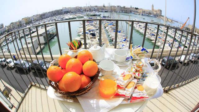 Elegancia y encanto de época en el puerto de Trani