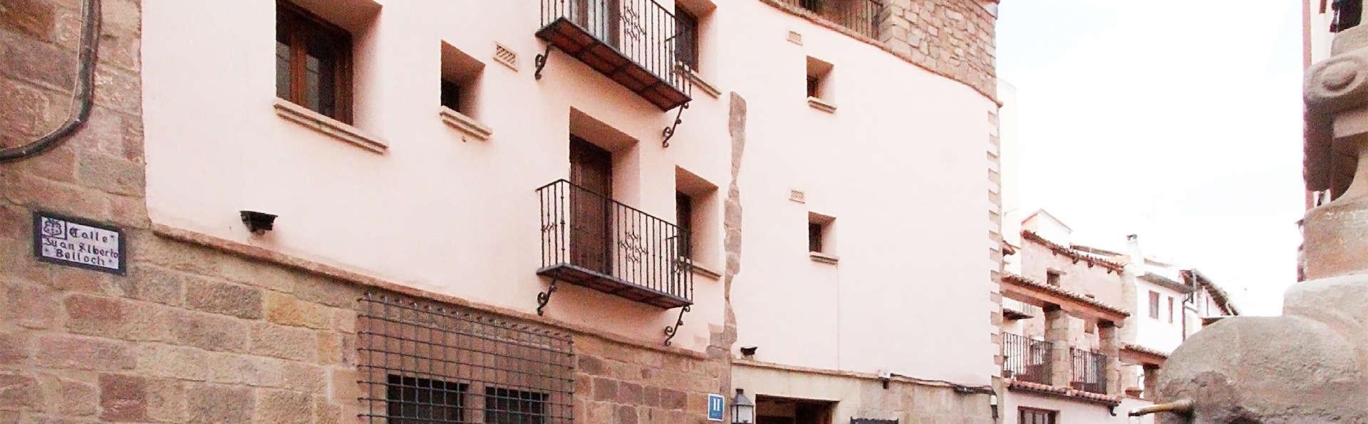 Hotel Jaime I (Mora de Rubielos) - EDIT_facade.jpg