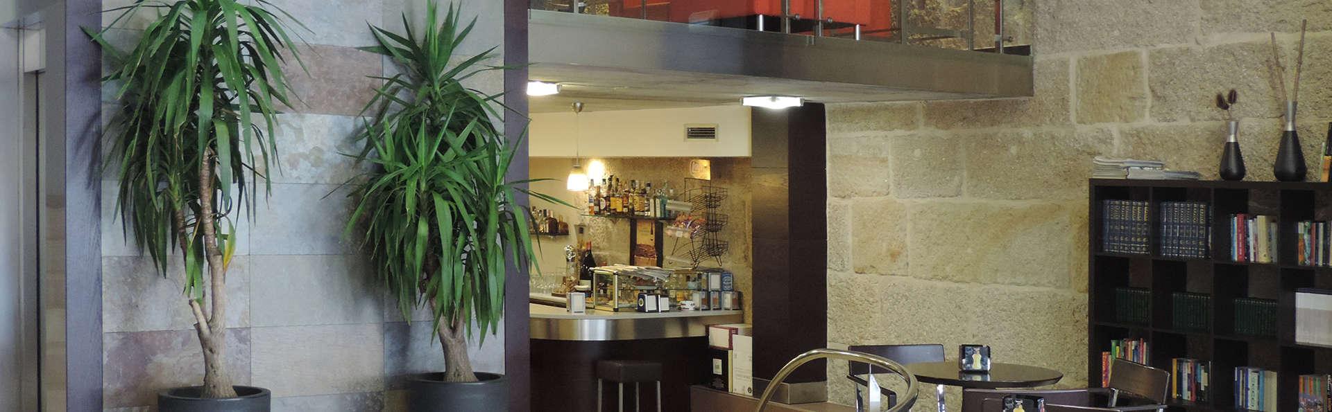 Hotel Junquera - edit_restaurant.jpg