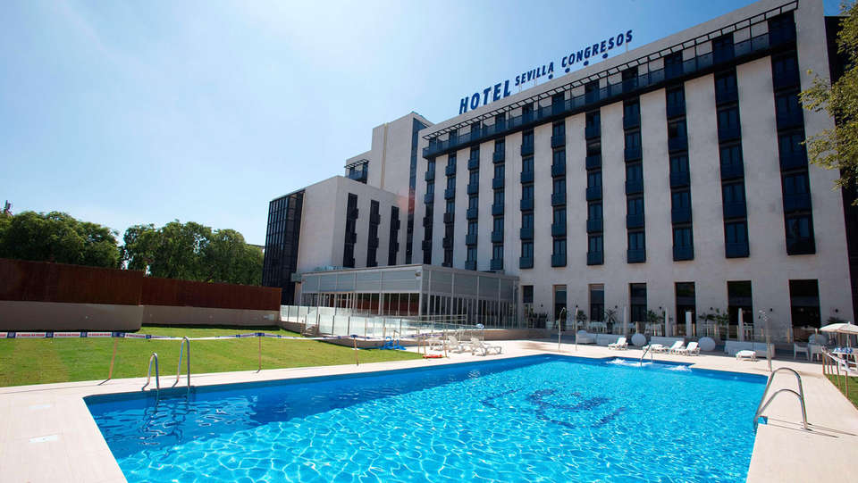 Hotel M.A. Sevilla Congresos - EDIT_front3.jpg