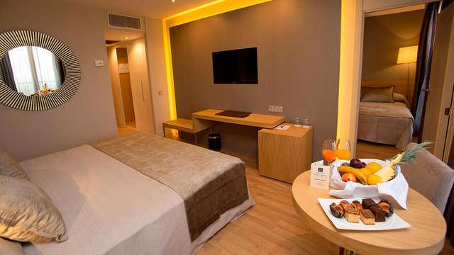 Hotel M A Sevilla Congresos - room