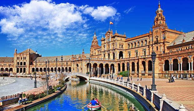Escápate a Sevilla con desayuno, botella de vino y aparcamiento
