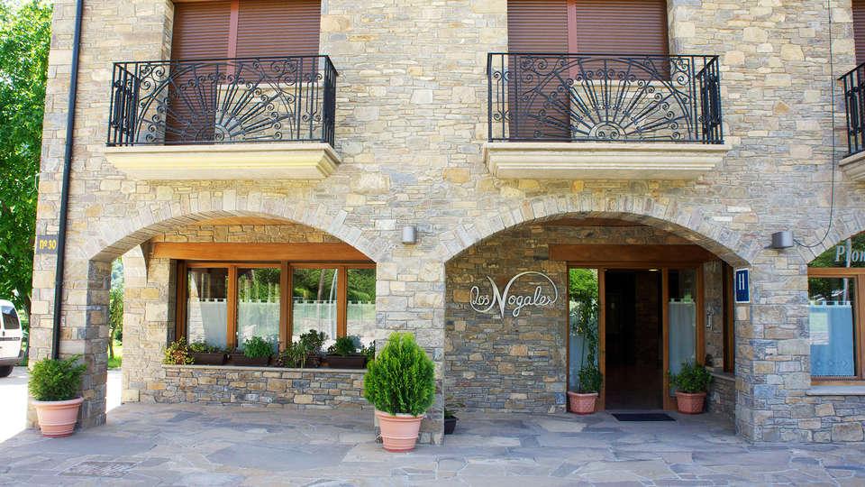 Hotel los Nogales - EDIT_front1.jpg