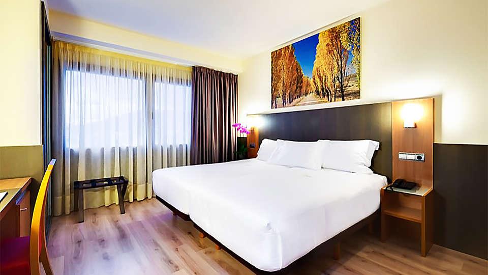 Hotel Maisonnave  - EDIT_room7.jpg