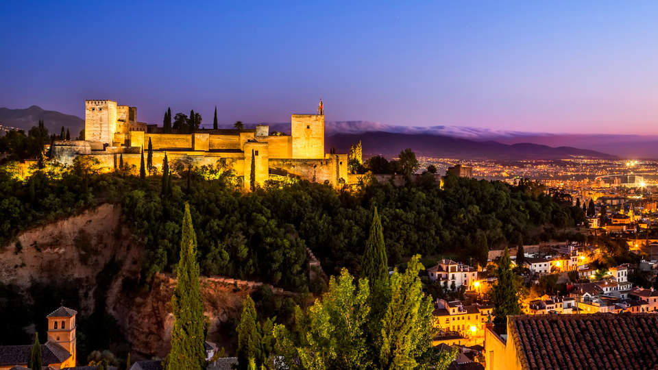 Hotel Macià Real de la Alhambra - edit_granada1.jpg