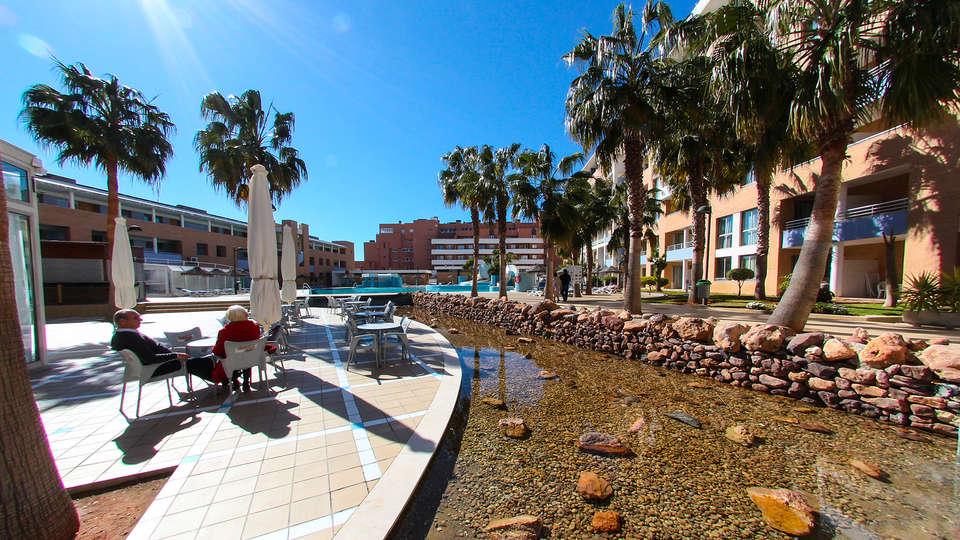 Hotel Neptuno Roquetas - EDIT_exterior.jpg