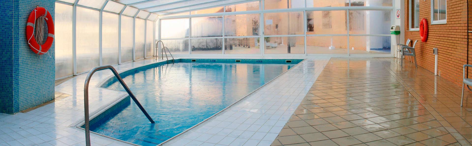Hotel Neptuno Roquetas - EDIT_inpool.jpg