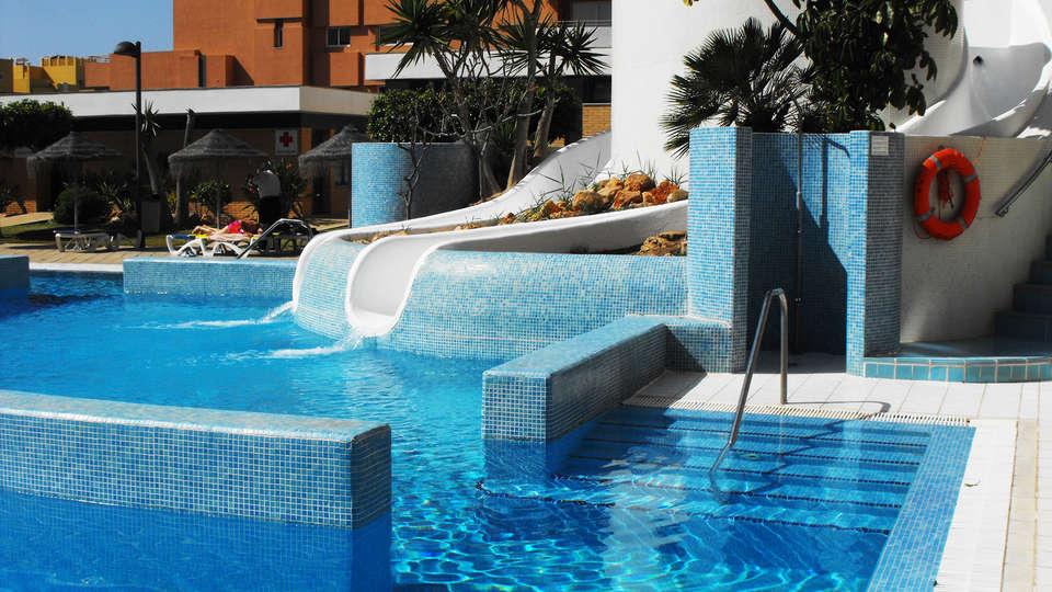 Hotel Neptuno Roquetas - EDIT_pool2.jpg