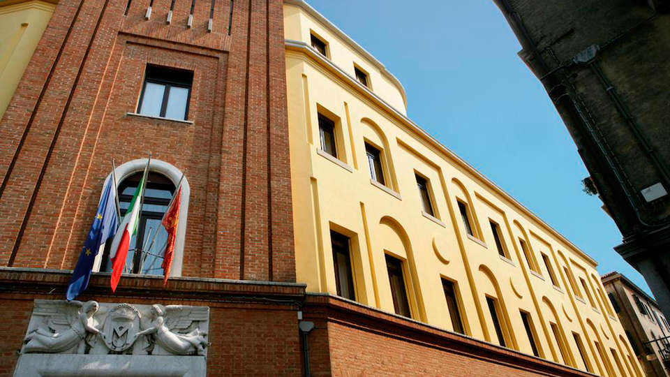 Hotel Sant'Elena - EDIT_front.jpg
