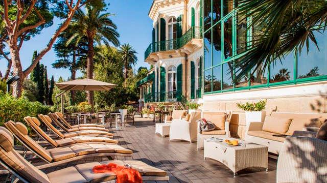 Notte in villa settecentesca a due passi dal mare di Sanremo!