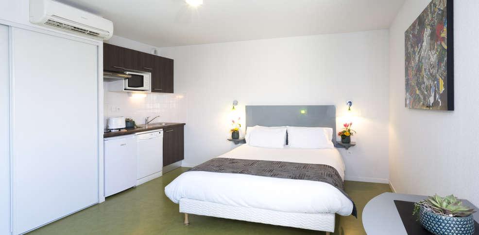 week end spa toulouse avec 1 acc s au spa pour 2 adultes jour 1 jour 2 et jour 3 partir de 222. Black Bedroom Furniture Sets. Home Design Ideas