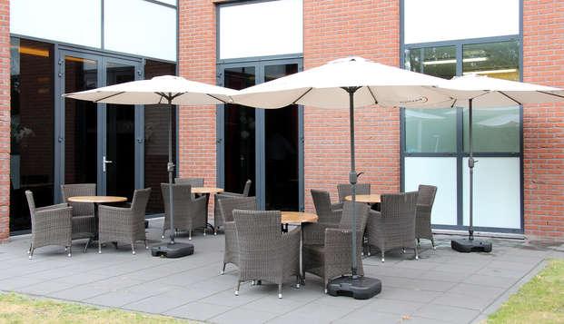 Bastion Hotel Vlaardingen - Terrace