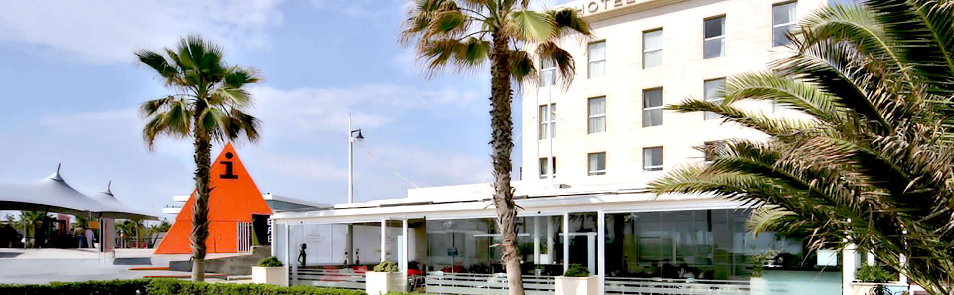 Hotel Neptuno Valencia - Edit_Frontc.jpg