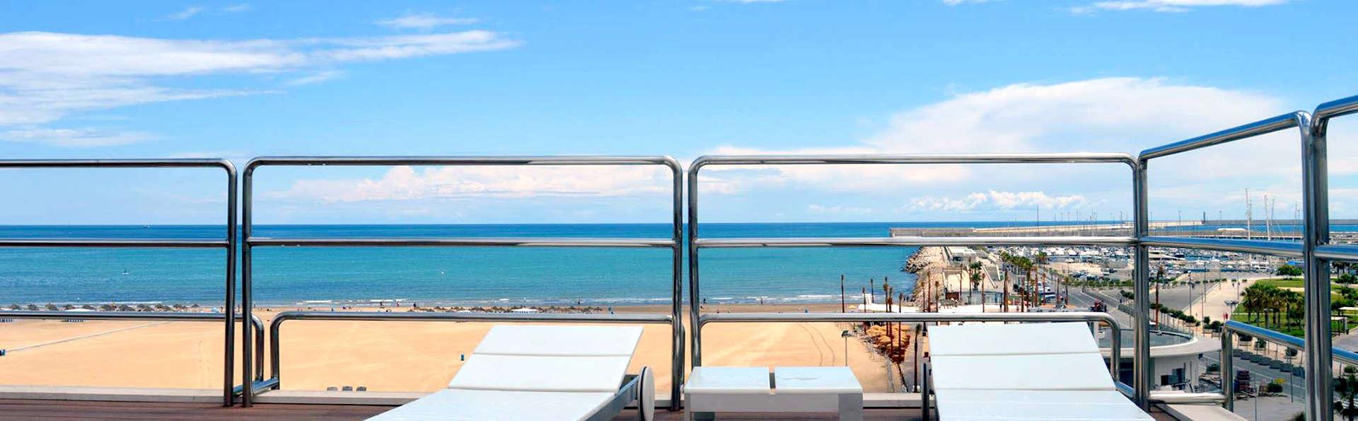 Romantiek met spa, cava en hydromassagebad in Valencia, vlak bij de zee