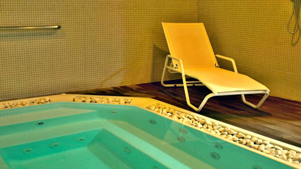 Hotel Neptuno Valencia - Edit_Spa.jpg