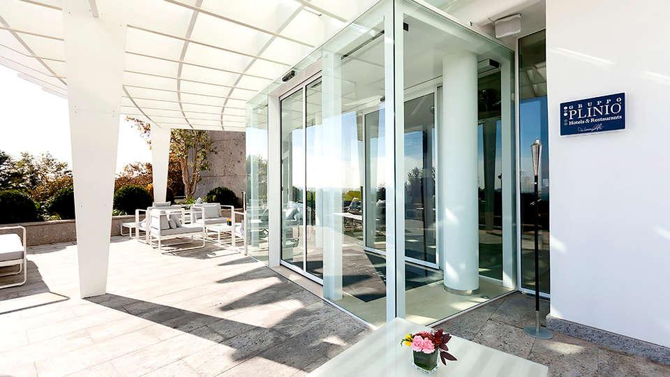 Best Western Albavilla Hotel & Co - Edit_Entrance.jpg