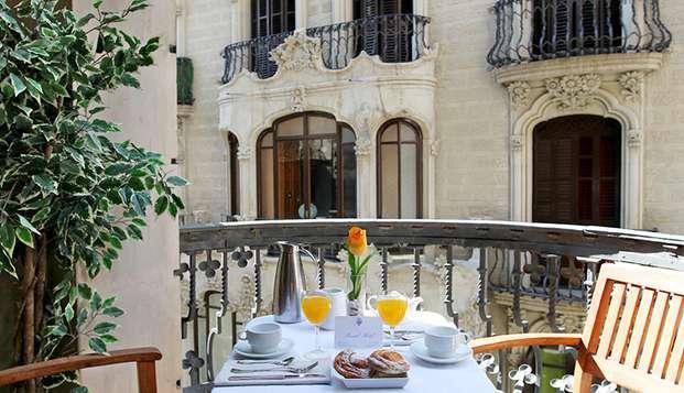 Alójate en un precioso hotel estilo Art Nouveau en el centro de Barcelona