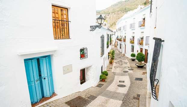 Escapada con encanto en Frigiliana, precioso Pueblo Blanco junto a Nerja