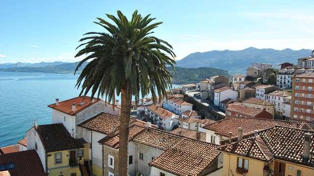 Lugares con Encanto: hotel con encanto, sidra y bombones junto al mar en Lastres