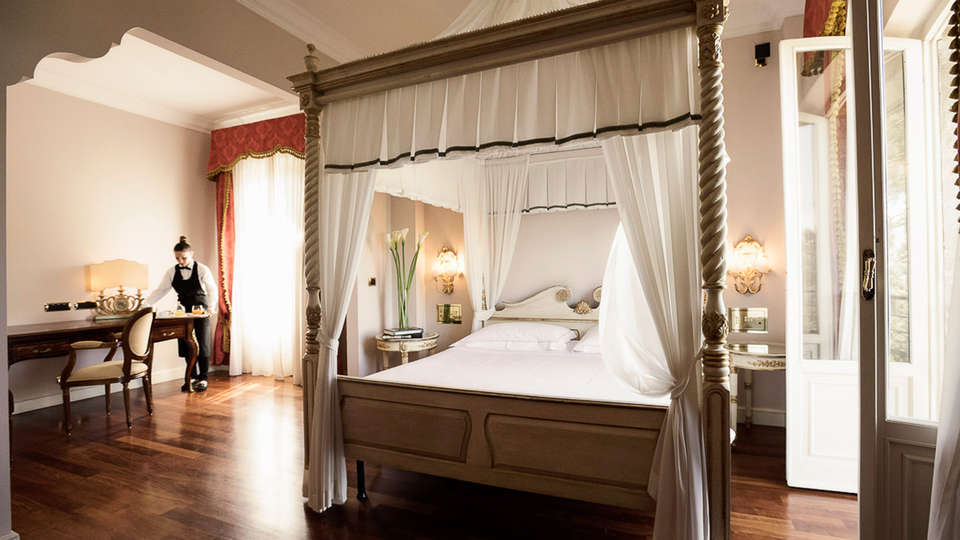 Hotel Villa Il Patriarca - EDIT_room.jpg