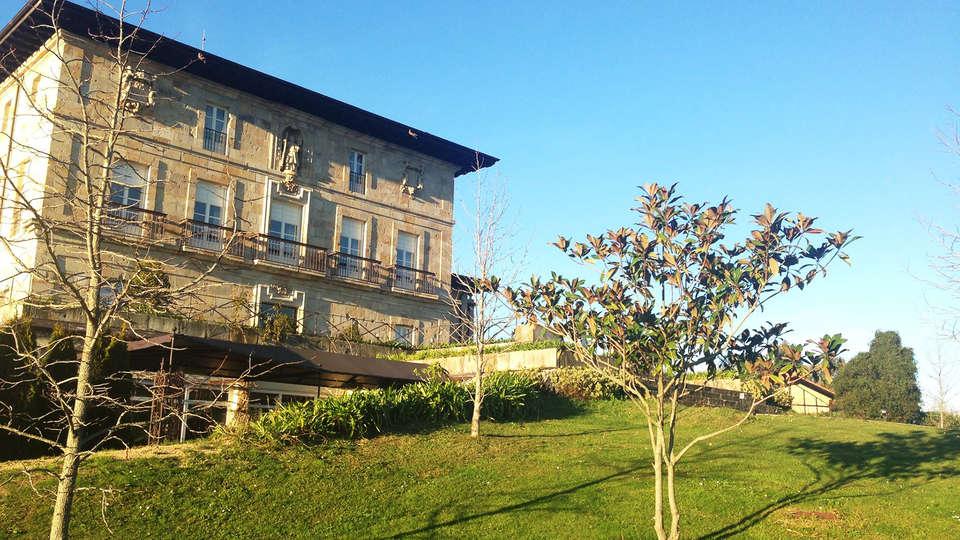 Hotel Palacio Urgoiti - EDIT_front4.jpg