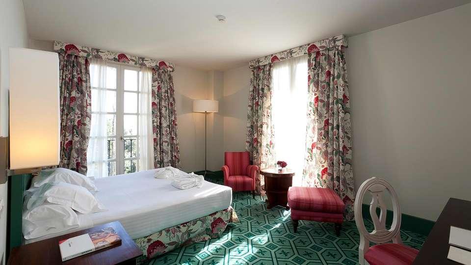 Hotel Palacio Urgoiti - EDIT_room.jpg