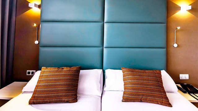 Descubre Guadalajara alojándote en un hotel 4* con botella de cava y parking gratuito