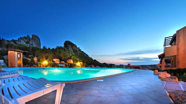¡Aprovecha los últimos rayos de sol!: costa Paradiso en un estupendo apartamento
