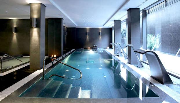 Escapada en habitación superior en Valencia en hotel vanguardista