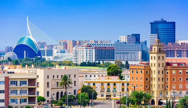 Escapada de lujo junto la Ciudad de las artes y las ciencias de Valencia