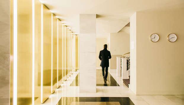 Dear Hotel Madrid - Hall