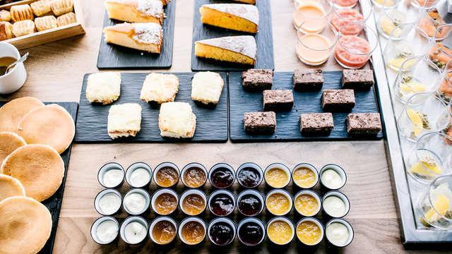 Dear Hotel Madrid - Breakfast