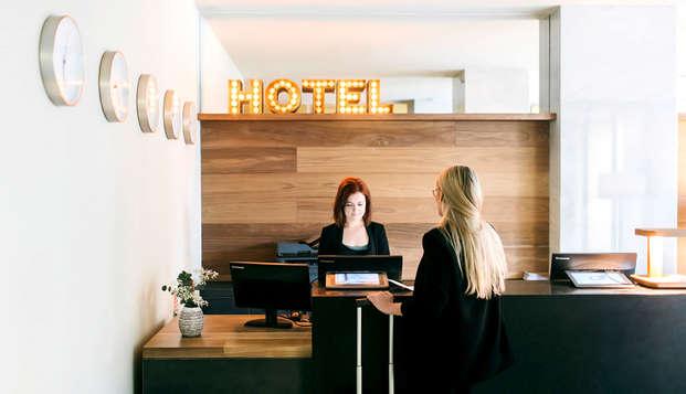 Dear Hotel Madrid - Reception