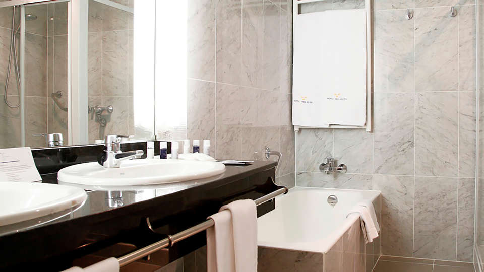 Hotel Tres Reyes  - Edit_Bathroom.jpg