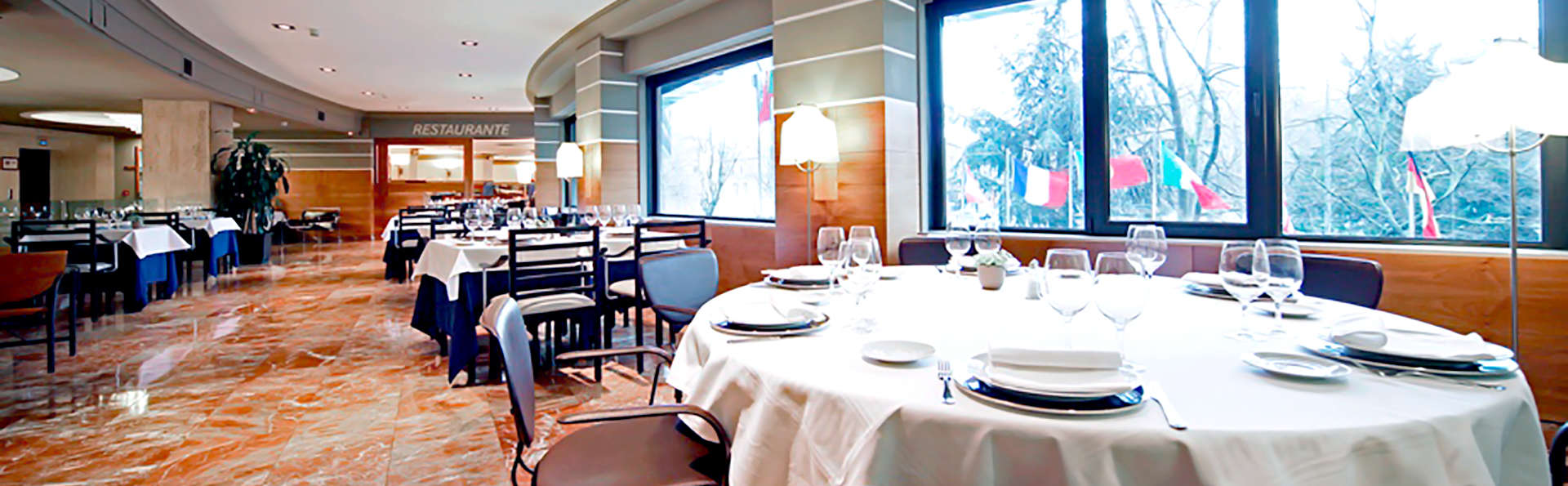 Hotel Tres Reyes  - Edit_Restaurant2.jpg