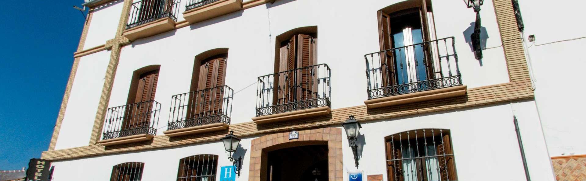 La Casa Grande de El Burgo - EDIT_front.jpg