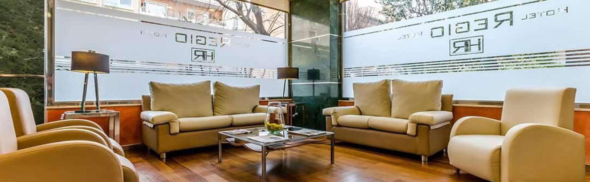 Hotel Regio Cádiz - EDIT_lobby.jpg