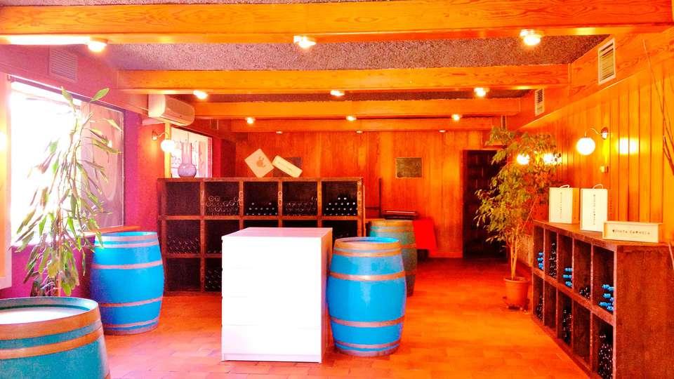 Hotel Las Postas - EDIT_interior.jpg
