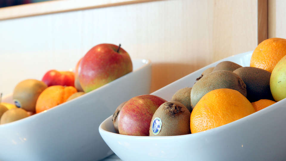 Bastion Hotel Zoetermeer - edit_fruits.jpg