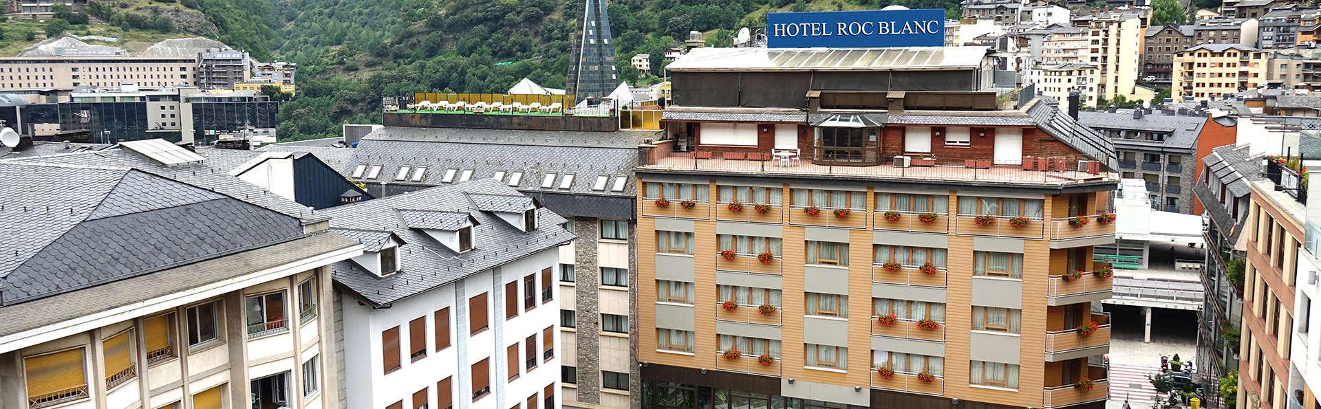 Hotel Roc Blanc & Spa - edit_front4.jpg