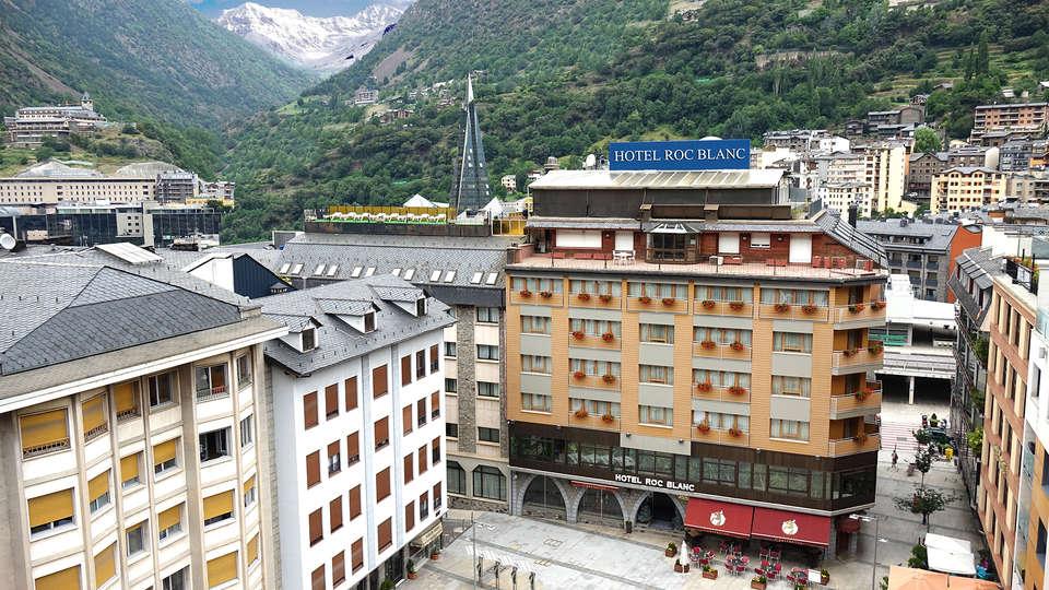 Hotel Roc Blanc - edit_front4.jpg