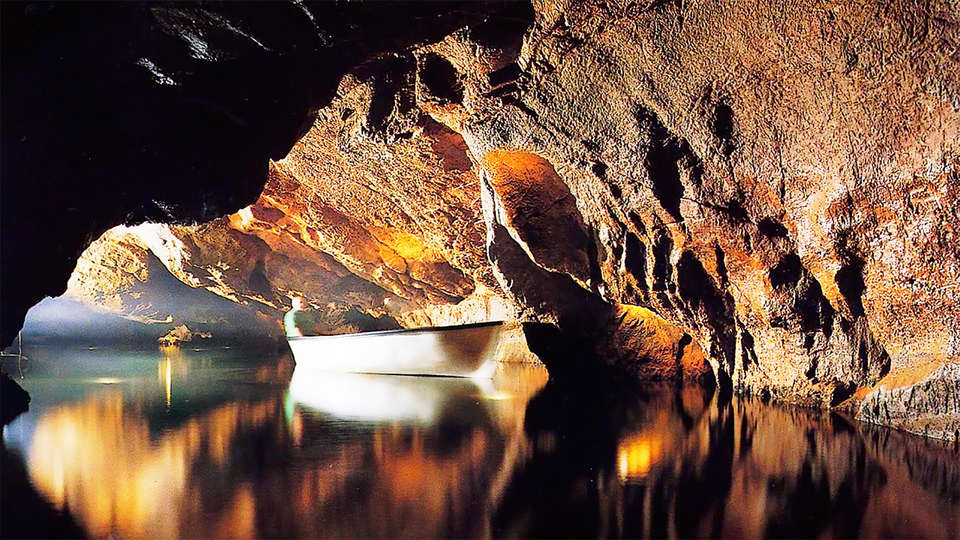 Hotel Sercotel Plana Parc - EDIT_cave.jpg