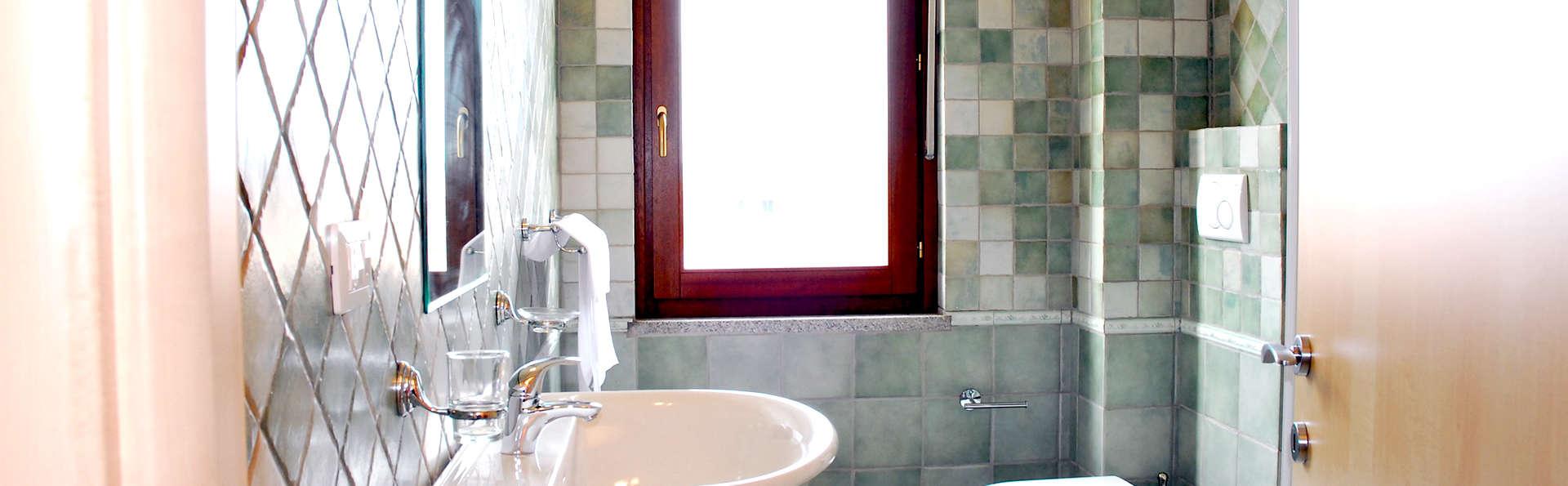 Residenze Le Vele - Edit_Bathroom.jpg