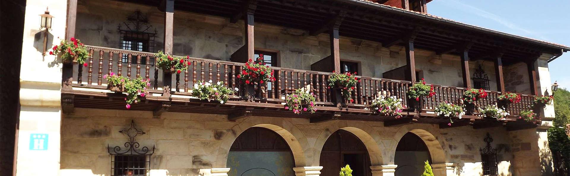 Hotel Spa Casona La Hondonada - EDIT_facade.jpg
