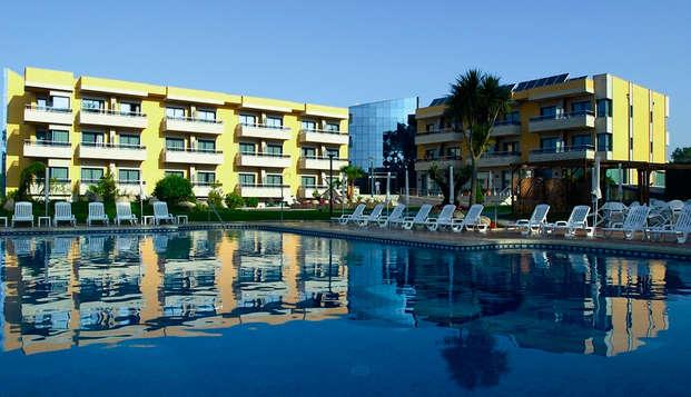 Escapada en media pensión en el corazón de las Rías Baixas en un hotel situado frente el mar