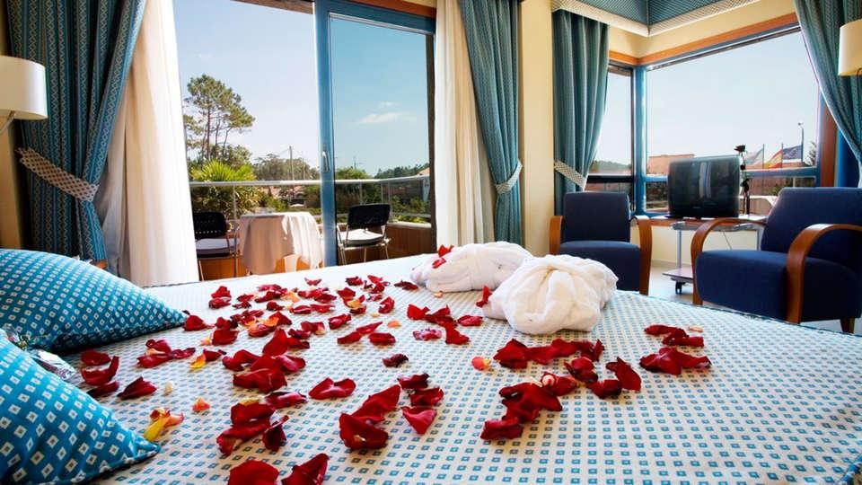 Hotel Spa Galatea Sanxenxo - EDIT_room2.jpg
