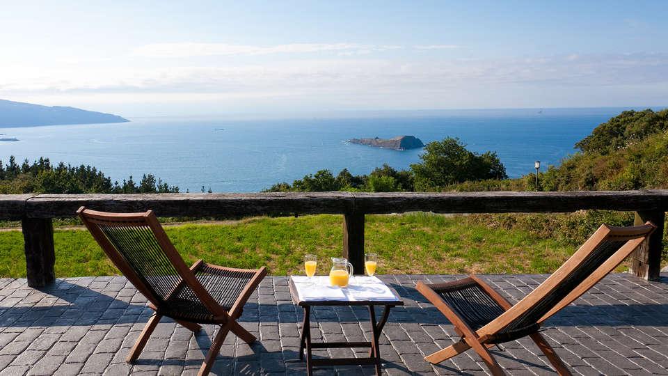 Hotel Spa Gametxo - Edit_terrace.jpg