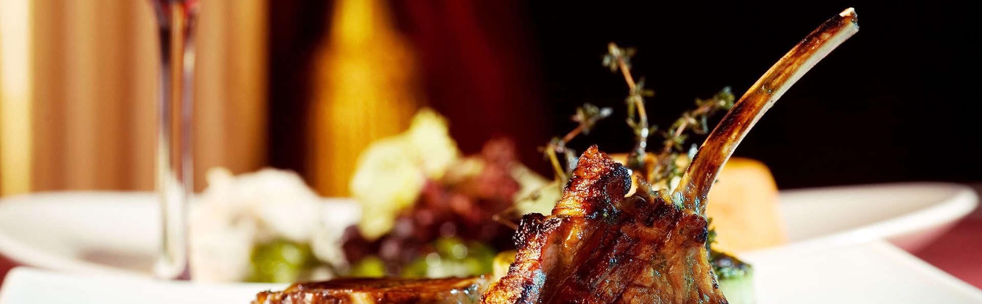 Bienestar y Gastronomía en este hotel con encanto en Mogarraz con Cena y Spa